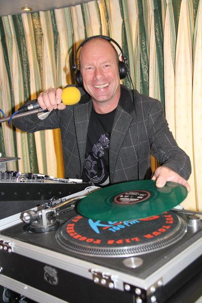 Geoff-Grove-Wedding-DJ